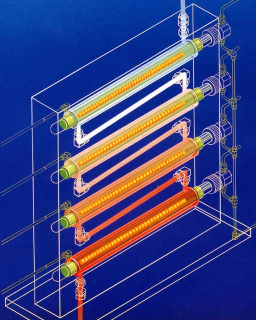 図5 透明石英三重管式熱交換器