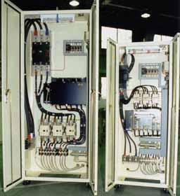 図3 制御盤内部