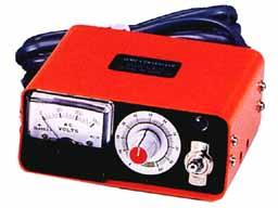 電圧調整器